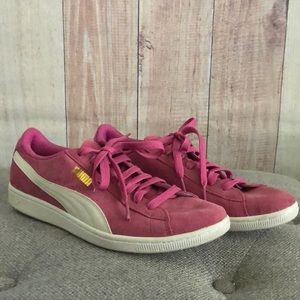 Puma sneakers. Size 9